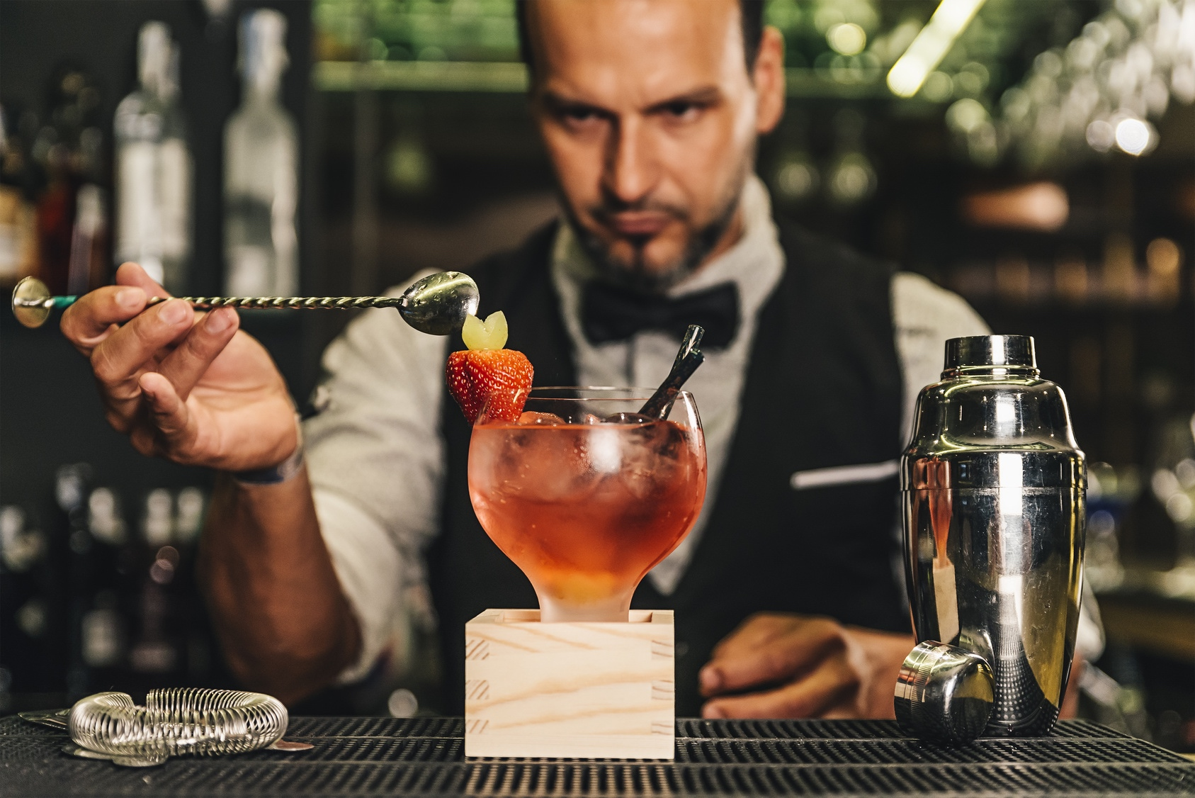 "The english word ""cocktail"" comes from French in which ""Coq"" is translated as rooster and ""Tail"" as tail, because it was customary to decorate these drinks with the long feathers of the tails of the roosters."