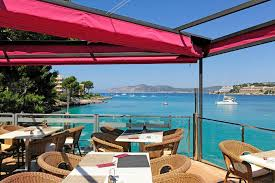 All our restaurants have an excellent location with terraces on the seafront, on both shores of the bay of Santa Ponsa.